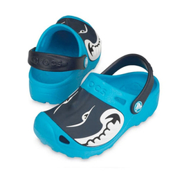 Детские сабо с акулой Crocs Shark Clog
